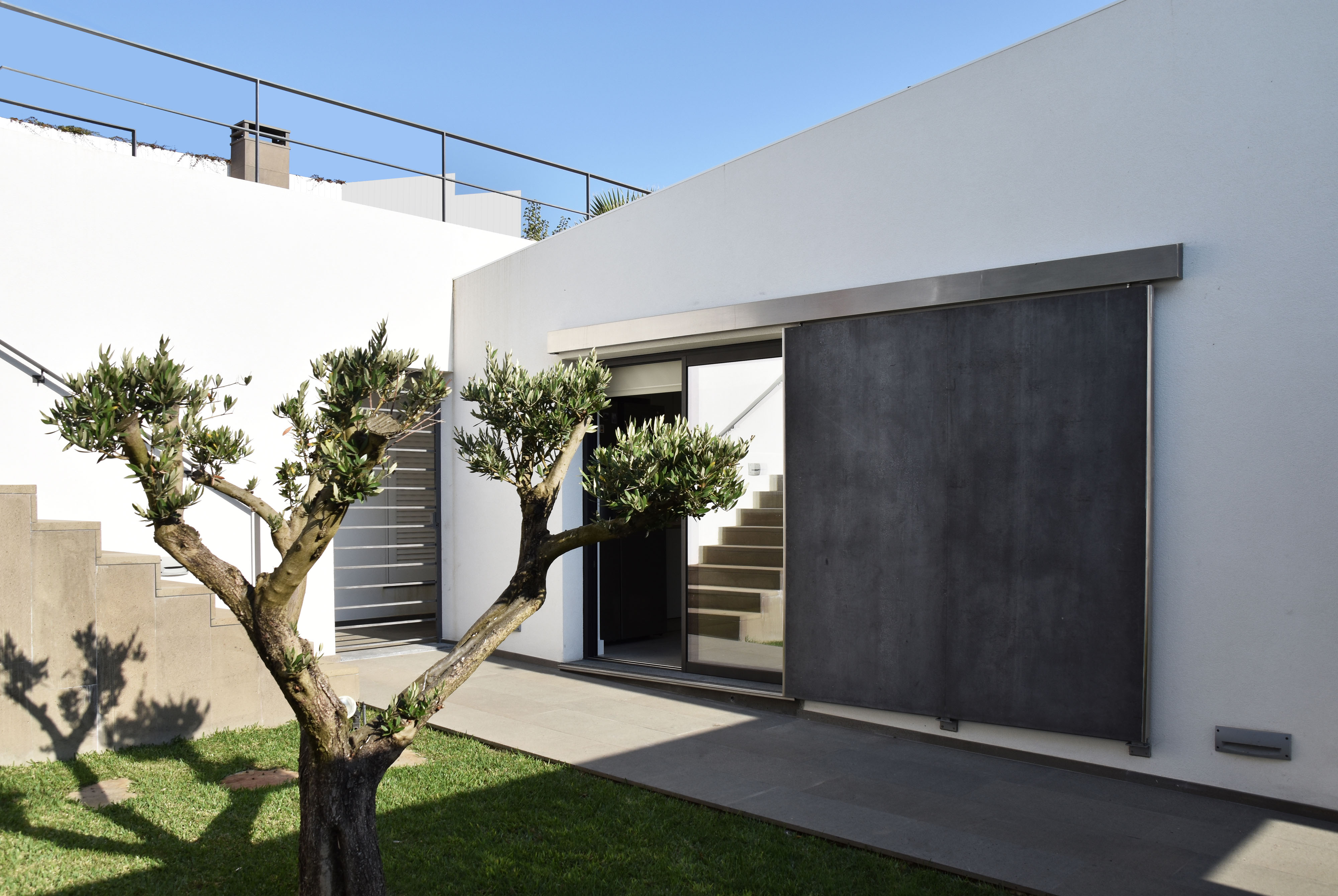 Casa EV Ericeira Lisboa Reabilitacao Casa Moradia Lisbon House Housing Refurbishment arquitectura architecture
